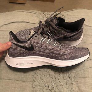 Women's Nike Zoom tennis shoes new